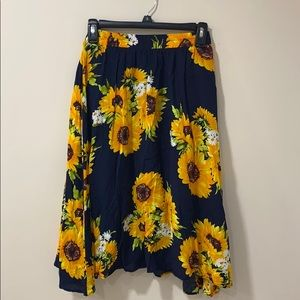 Floral Sunflower skirt size Small